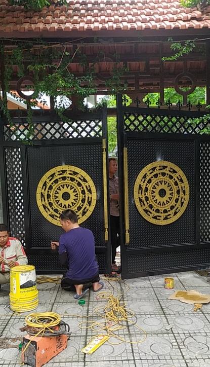 Cổng tự động âm sàn 400kg lắp đặt tại Vĩnh Phúc